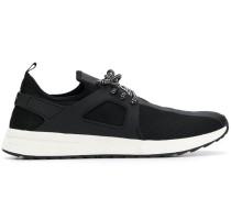 Beschichtete Sneakers