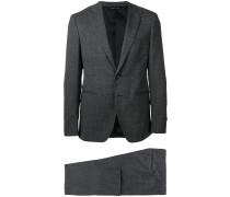 Anzug mit langen Ärmeln