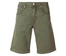 knee-length slim-fit shorts
