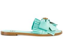 Flip-Flops mit Falten