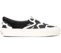 Sneakers mit Kuhflecken-Print