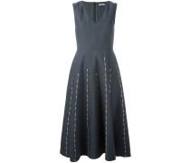 Kleid mit Streifen-Stickerei