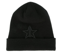 embroidered star beanie