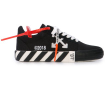 'Arrows' Sneakers