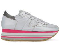Sneakers mit Platteau-Sohle