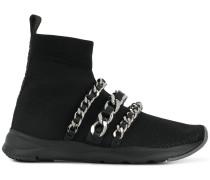 Sock-Sneakers mit Zierketten