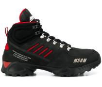 Sneakers im Hiking-Look
