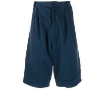 Jeans-Shorts mit tiefem Schritt