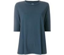 three-quarter sleeved T-shirt