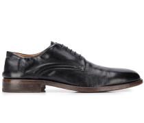 Klassische Schnürschuhe
