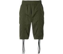 Shorts mit gesmokten Details