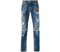 "Distressed-Jeans mit ""Sacred Heart""-Patch"