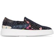'Chinese' Slip-On-Sneakers