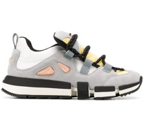 Sneakers im Hybrid-Design