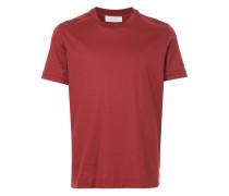 T-Shirt mit umgekrempelten Ärmeln