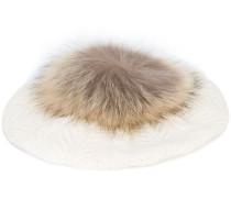 Baskenmütze mit Waschbärpelz-Pompon