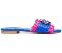 Sandalen mit Blumenapplikation