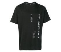 T-Shirt im Kreditkarte-Design