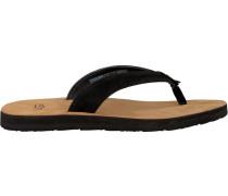Black UGG shoe Tawney
