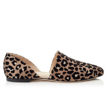 Globe Flat Flache Schuhe aus Satin in Chai mit schwarzem Leopardenmotiv