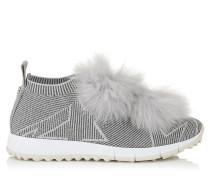 Norway Sneaker aus grau-beigem Gewebe und Lurex mit Pompons aus silbernem Fell