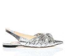Annabell Flat Flache spitze Schuhe mit Slingback-Riemen aus silbernem metallischen Leder