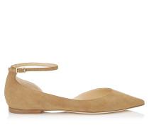 Lucy Flat Spitze flache Schuhe aus haselnussfarbenem Wildleder