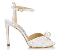 Sacora 100 Sandalen aus weißem Satin mit Perlendetail