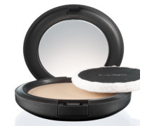 Blot Powder Pressed - 12g | braun