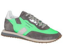 Sneaker in aktuellem Neon in Gruen