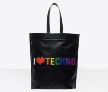 """Supermarket Shopper L """"I Love Techno"""""""