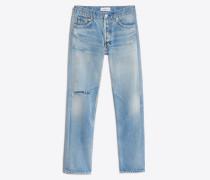 Standard Jeans mit Knieloch