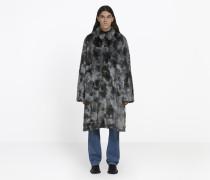 Kurzer Mantel aus Synthetikfell mit Opern-Ärmeln