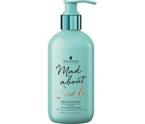 Mad About Curls & Waves High Foam Cleanser