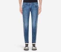 Classic Fit Jeans mit Stretch
