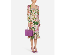 Longuette-Kleid aus Charmeuse mit Rosendruck