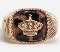 Ring mit Krone