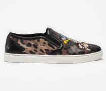 Slip-On Sneaker aus Krepp mit Leoparden-Print und Designer-Patch