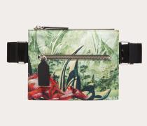 Valentino Garavani Uomo Crossbody Bag Red Dragon aus Nylon