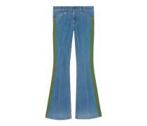 Ausgestellte Hose aus Stretch-Denim