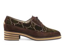 Schuh aus Wildleder und GG Samt