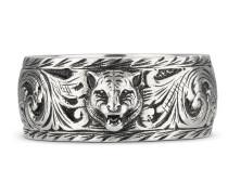 Schmaler Ring aus Silber mit Felinekopf
