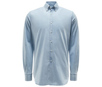 Chambray-Hemd Button-Down-Kragen hellblau