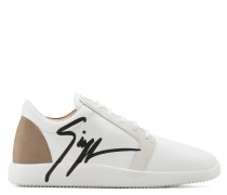 White calfskin leather low-top sneaker with black logo G RUNNER