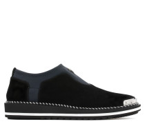 Black suede stretch shoes with metal-covered tip BARTON