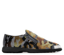 Green camouflage fabric loafer with metal-covered tip COOPER