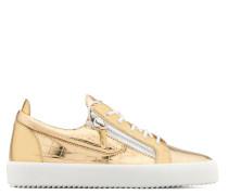 Gold crocodile embossed leather low-top sneaker FRANKIE