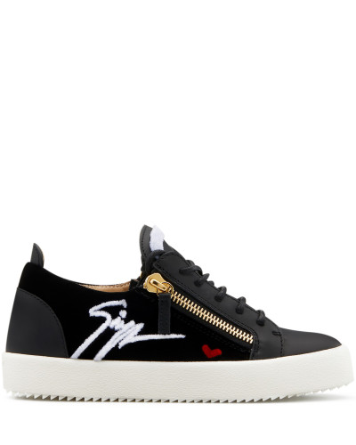 Black velvet low-top sneaker with leather inserts GAIL SIGNATURE