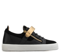 White calf leather and black suede low-top with metal bar ARCHER