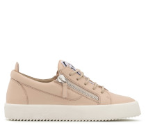 Pink calfskin leather low-top sneaker with logo GAIL